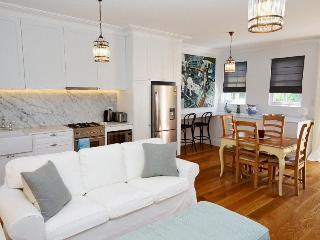 Waverley Coach House - Waverley vacation rentals