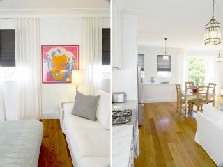 Charming 1 bedroom House in Waverley - Waverley vacation rentals