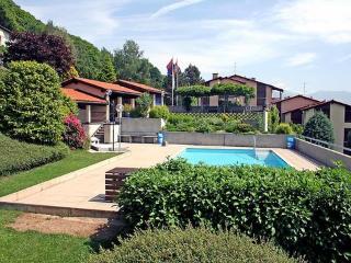Utoring Bellavista ~ RA11367 - Cadro vacation rentals