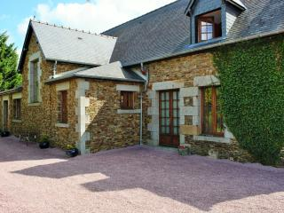Farmhouse near Mont St Michel - Mont-St-Michel vacation rentals