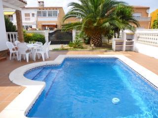 0143-CASA PISCINA PRIVADA EMPURIABRAVA - Empuriabrava vacation rentals
