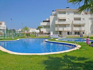 Bright Condo with A/C and Outdoor Dining Area - El Verger vacation rentals