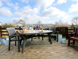 Comfortable House with Deck and Internet Access - Christow vacation rentals