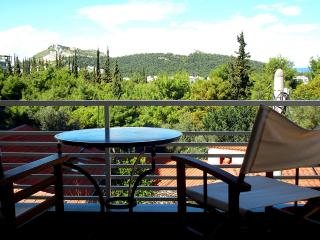 Park View apt. 1 stop from Syntagma! A/C, Wi-Fi - Athens vacation rentals