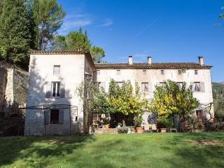 COTTAGE IN MILL 18TH CENTURY OIL - Grasse vacation rentals