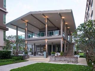 RCH16 Studio Hua Hin Beach Condo - Hua Hin vacation rentals