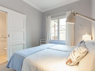 Double Bedroom with Bath en suite! - Palma de Mallorca vacation rentals