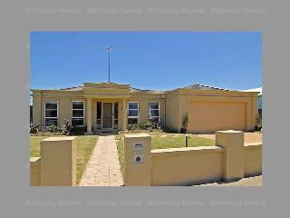 Bright 3 bedroom House in Barwon Heads - Barwon Heads vacation rentals