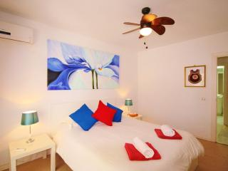 ESTEPONA PORT FLAT.POOL AND PARKING - Estepona vacation rentals