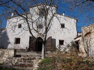 6 bedroom Farmhouse Barn with Internet Access in Vilafranca del Penedes - Vilafranca del Penedes vacation rentals