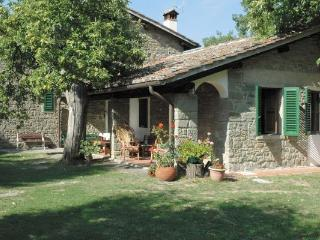 3 bedroom Bed and Breakfast with Internet Access in San Godenzo - San Godenzo vacation rentals