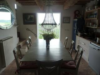 House with spectacular views in hilltop town - Carnaiola vacation rentals