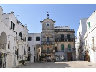 Casa dell'orologio - Cisternino vacation rentals