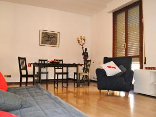 3 bedroom Condo with Internet Access in Livorno - Livorno vacation rentals