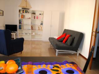 3 bedroom Apartment with Internet Access in Livorno - Livorno vacation rentals
