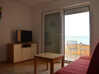 CR1 - Apartment 5 - Duce vacation rentals