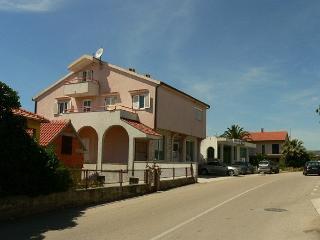 36002  H(4+2) - Rogoznica - Rogoznica vacation rentals