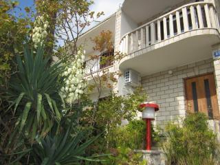 36016 Mare 3(2) - Brela - Brela vacation rentals