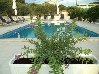 CR7- Apartment 3 - Marina vacation rentals