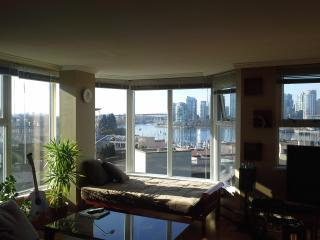 Vancouver - Million Dollar Views - Best Location - Vancouver vacation rentals