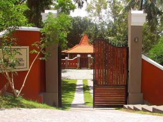 Beautiful 4 bedroom Villa in Senggigi with Internet Access - Senggigi vacation rentals