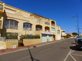 Les Exals ~ RA40053 - Saint Pierre la Mer vacation rentals