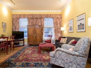 Beautiful Back Bay 1 Bedroom - Greater Boston vacation rentals