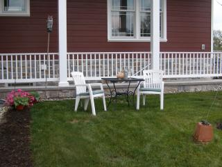 Kiwi Berry Farmette, Gardens and Guest Suite - Gettysburg vacation rentals