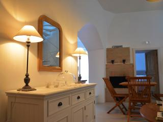 ANGOLO DEL POETA charming holiday house in SASSI - Matera vacation rentals