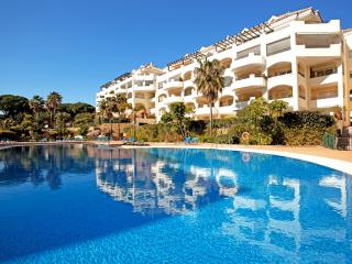 Large two bedroom luxurious apartment Elviria - Elviria vacation rentals
