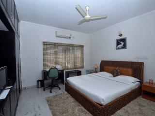 Cozy 3 bedroom B&B in Bangalore - Bangalore vacation rentals