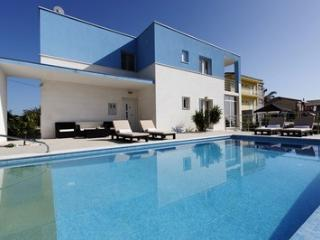 Modern villa Mermaid, Podstrana, Spllit Riviera - Podstrana vacation rentals