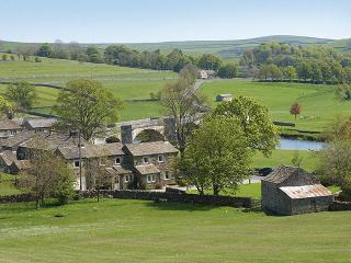 2 bedroom House with Internet Access in Burnsall - Burnsall vacation rentals