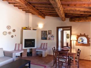 ANTICO BORGO CASALAPPI Lovely,family,pool,tennis - Campiglia Marittima vacation rentals