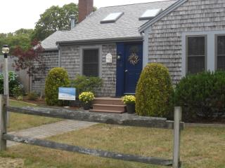 cape cod cottage rental ( all seasons) - West Harwich vacation rentals