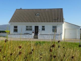 4 bedroom Cottage with Housekeeping Included in Drumbuie - Drumbuie vacation rentals