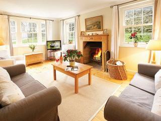 3 bedroom House with Internet Access in Nether Westcote - Nether Westcote vacation rentals