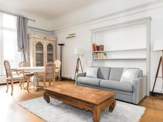 Appartement d'exception sur les Champs Elysées - Paris vacation rentals