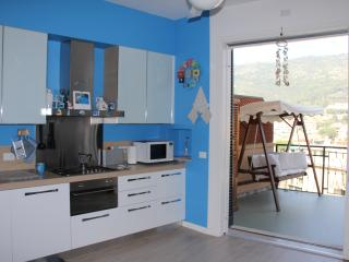 Charming 2 bedroom Condo in Pietra Ligure - Pietra Ligure vacation rentals