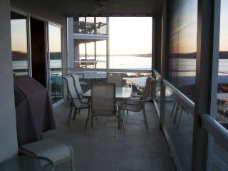 Lands End Condo- Waterfront View Osage Beach, MO - Osage Beach vacation rentals