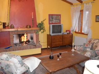 appartamento centrale a gardola Tignale - Tignale vacation rentals