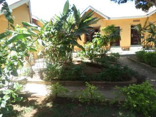 Beautifull 11 bedroomed Villa to rent in Entebbe - Entebbe vacation rentals