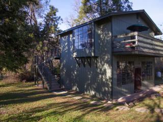 The Artist Loft Studio - Auburn vacation rentals