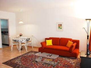 Utoring Lido ~ RA11175 - Ludiano vacation rentals