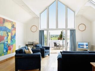 Lovely 3 bedroom House in Aberporth - Aberporth vacation rentals