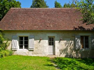 Comfortable 2 bedroom Belleme Cottage with Internet Access - Belleme vacation rentals