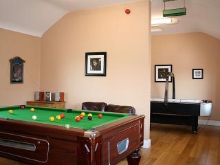 Beautiful 2 bedroom House in Skryne - Skryne vacation rentals