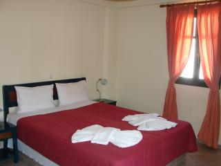 Beautiful 1 bedroom Condo in Platis Yialos - Platis Yialos vacation rentals