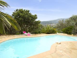 Comfortable 3 bedroom Claviers Villa with Internet Access - Claviers vacation rentals