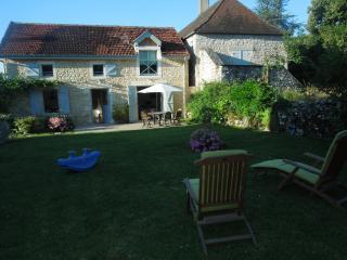 Les Mirlifilous - Vallee de la Dordogne - Lanzac vacation rentals